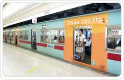 車体(カラー電車)広告